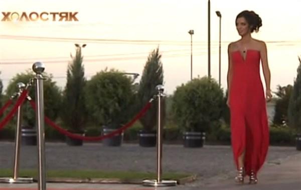 Работа девушке моделью покровск работа в москве девушке с проживанием